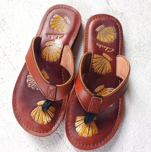 Clark leather sea shell sandals size 7